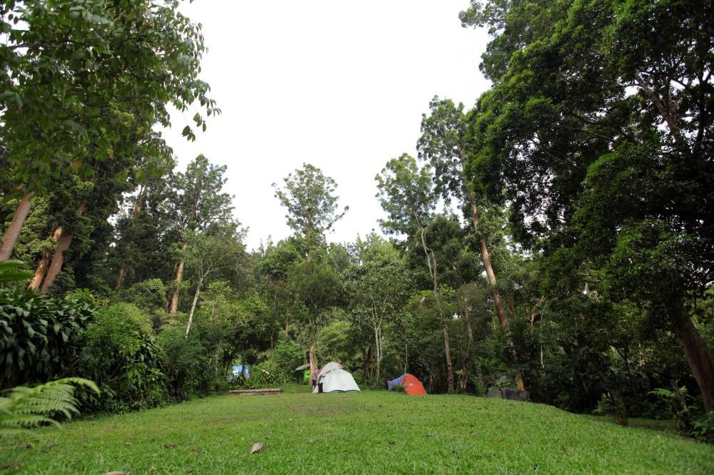 Tanakita camp groung - atre