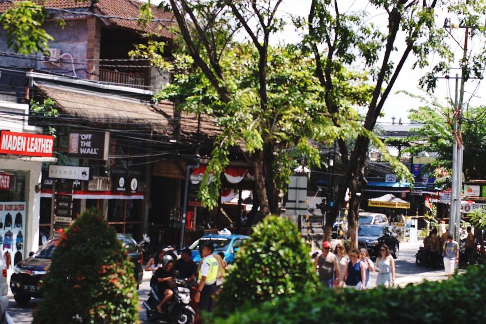Legian Street - Atre - renjanatuju.com
