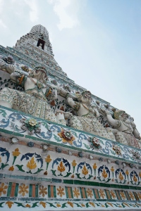 Detail Wat Arun Bangkok Thailand - Astri Apriyani - Atre's Odyssey